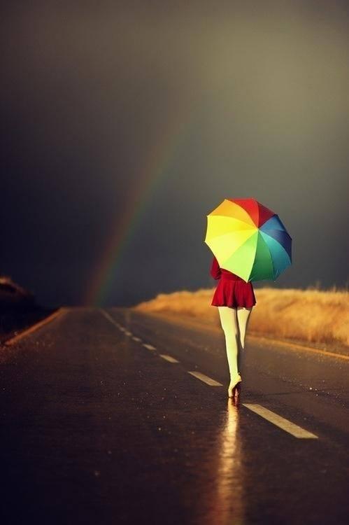 Perché anche se la strada è cupa ci sarà sempre un arcobaleno a cui guardare^^